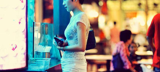 Dating SIngaporean Women -03