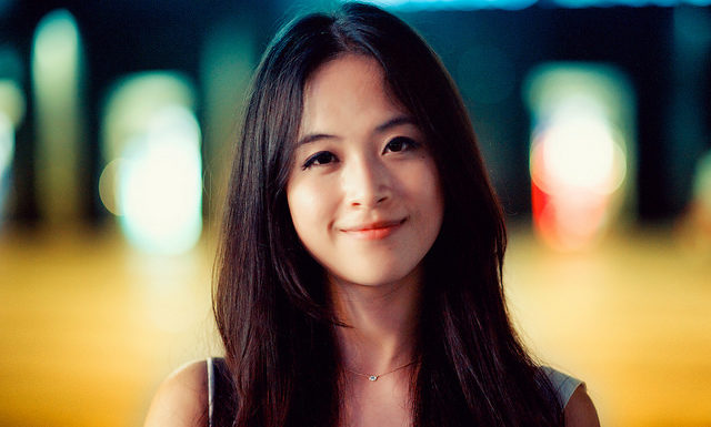 Dating Singaporean Women – Does Money Matter?